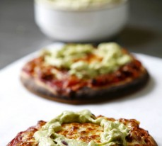 Mexicana Pizza with Avocado Topping